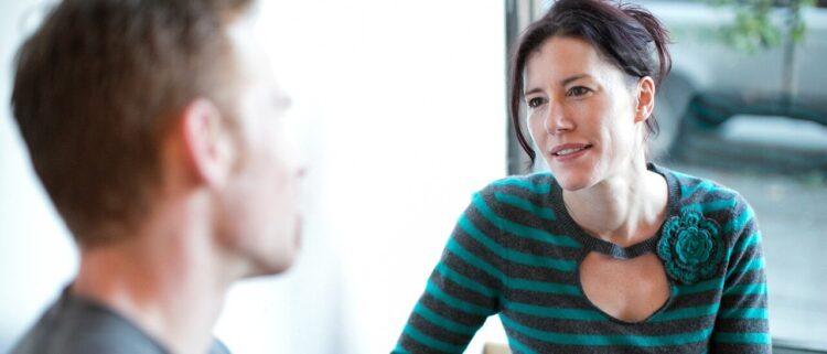 生活支援員に資格は必要?あると有利な資格の取得方法まで解説