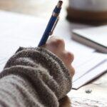 【試験問題例有り】介護職員初任者研修の試験は簡単?難易度から準備まで解説
