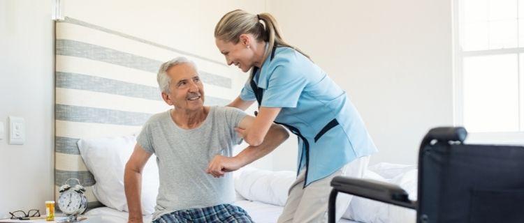 看護小規模多機能型居宅介護とは