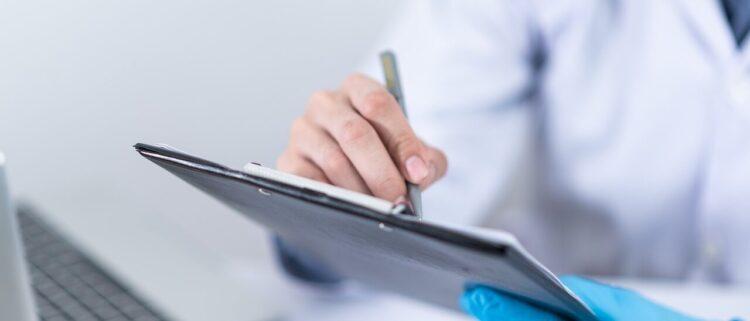 介護認定調査員という介護の形