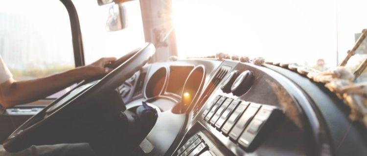 介護ドライバーの雇用形態