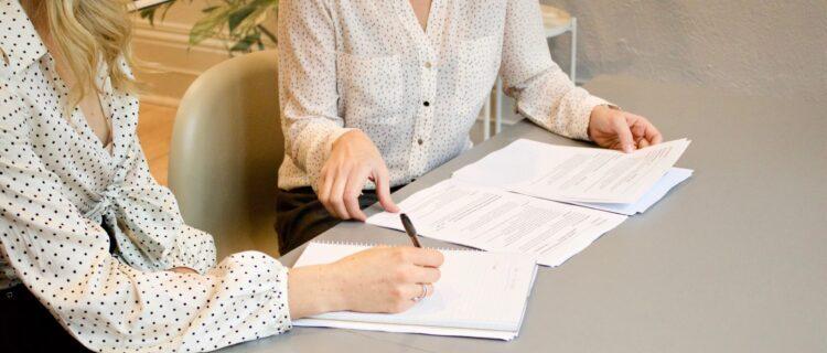 ケアストレスカウンセラー資格取得方法