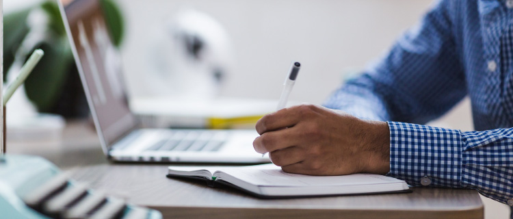 介護職員初任者研修は早期かつ最短での取得がおすすめ